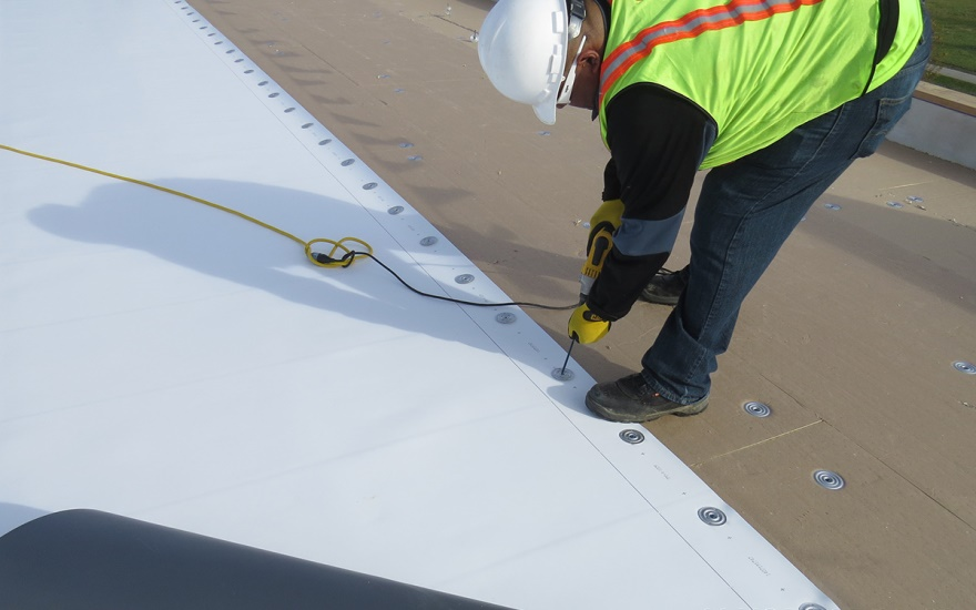Fully Adhered Vs Mechanically Attached Roofing Systems