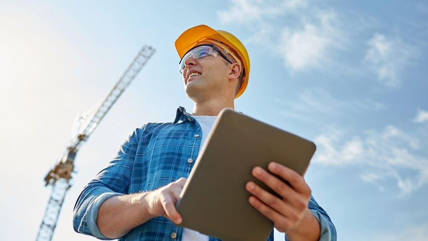 Roofing contractors hiring tips for HOAs